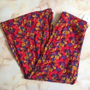 Red Floral Crop Pants